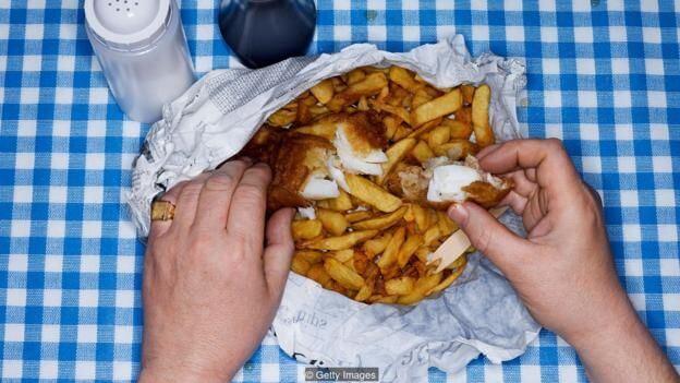 不健康饮食导致大脑衰老,加速自然认知能力减退十年。(图片来源: Getty Images)